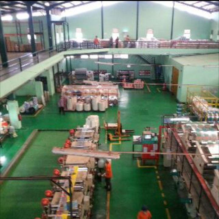 Kemasan Pouch: Pabrik Plastik Kemasan
